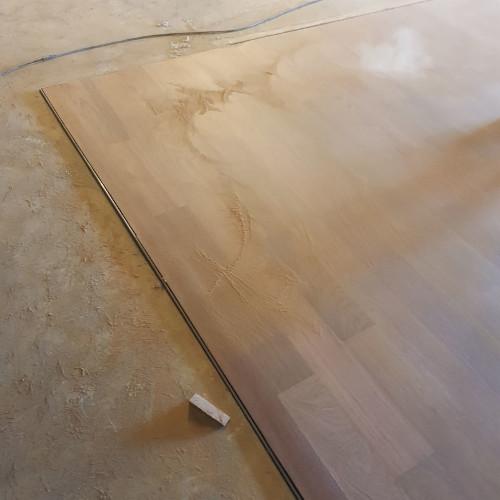 Restauración suelo de madera de Xatoba